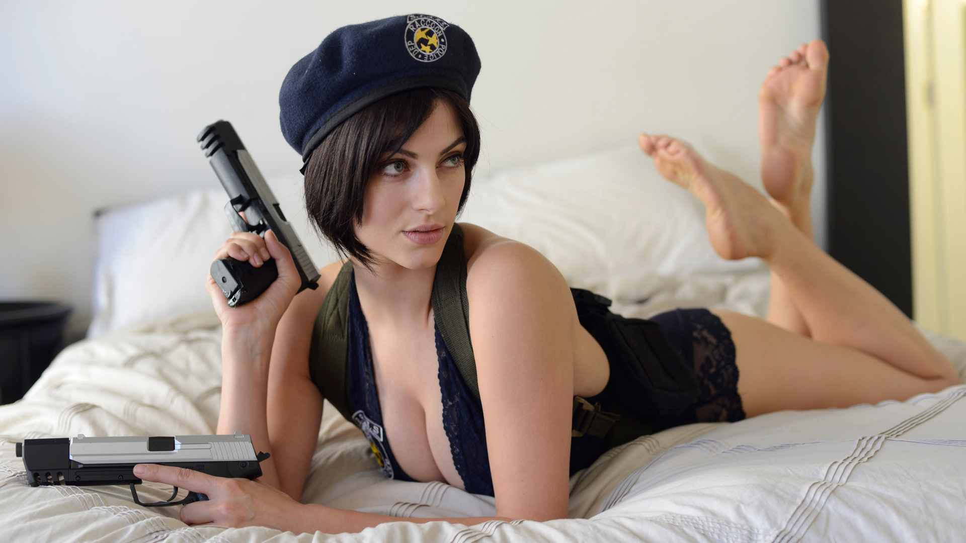 Jill Valentine In Bed With Guns Ps4wallpapers Com