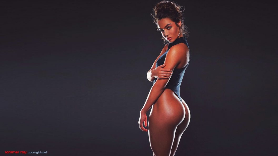 Sommer Ray Ps4wallpapers Com